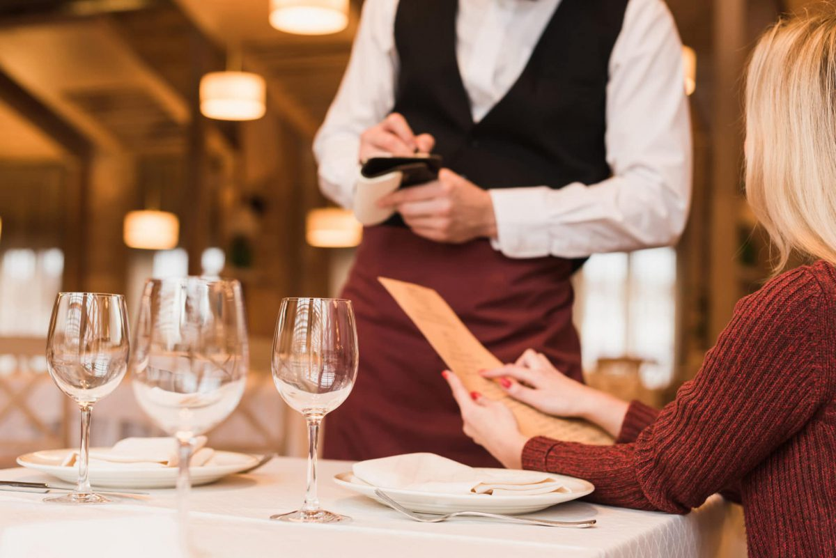 Conheça as práticas para funcionamento de restaurantes, bares e padarias em Juiz de Fora